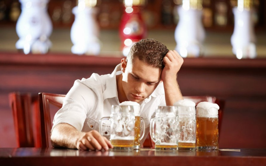 The Danger Of Drinking Much Alcohol In A Short Time